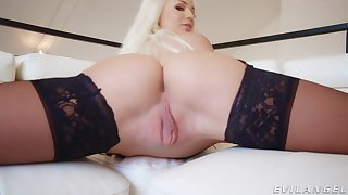 Elsa Jean strips and teases relative to her succulent pussy and gets a facial