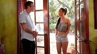 Asian masseuse Jade Kush gives a blowjob and nuru massage with happy ending