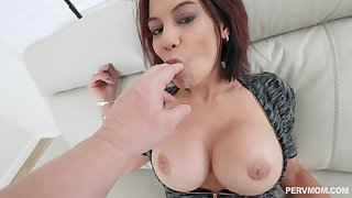 Appealing wife reveals her slutty side on cam