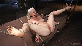 Gagged blonde plays submissive of her inner authority